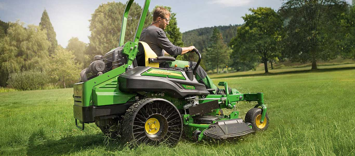 Z994R, Commercial Mowing, Z900R Series, Zero-Turn Mowers